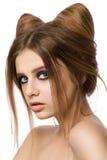 Młoda ładna dziewczyna z śliczną kotów ucho fryzurą Obrazy Royalty Free
