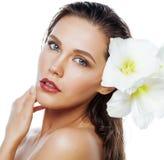 Młoda ładna kobieta z Amarilis kwiatu zakończeniem up Zdjęcie Royalty Free