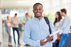 Młoda afrykańska studentin szkoła wyższa zdjęcia stock