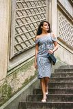 Młoda Amerykańska kobieta podróżuje w Nowy Jork obraz royalty free