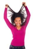 Młoda amerykanin afrykańskiego pochodzenia kobieta z długie włosy Zdjęcie Royalty Free