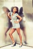 Młoda amerykanina afrykańskiego pochodzenia bizneswomanu moda w Nowy Jork Obrazy Royalty Free