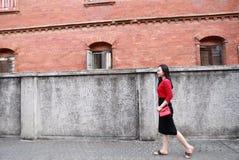 Młoda azjatykcia chińska kobieta Na wakacje w Gulangyu wyspie, Xiamen, Chiny fotografia stock