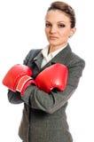 Młoda Biznesowa kobieta przygotowywająca walczyć Zdjęcia Royalty Free