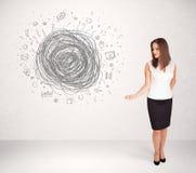 Młoda biznesowa kobieta z środka doodle skrobaniną Obrazy Royalty Free