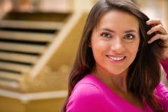 Młoda brunetki kobieta obrazy royalty free