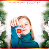 Młoda dziewczyna z bożonarodzeniowe światła 2015 Zdjęcie Royalty Free