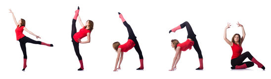 Młoda gimnastyczka ćwiczy na bielu Obraz Stock
