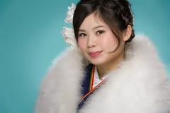 Młoda Japońska dziewczyna w kimonie Fotografia Stock
