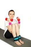 Młoda kobieta ćwiczy, odizolowywający Zdjęcia Stock