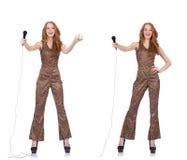 Młoda kobieta śpiew w karaoke odizolowywającym na bielu Obraz Royalty Free