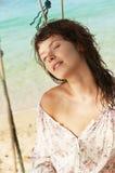 Młoda kobieta na plaży. Obraz Stock