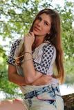 Młoda Kobieta połów na rzece w Niemcy Fotografia Stock