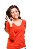 Młoda kobieta pokazuje Ok znaka obrazy royalty free