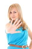 Młoda kobieta pokazywać sygnalizacyjną przerwę jego ręce Obrazy Royalty Free