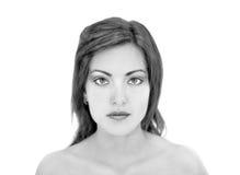 Młoda kobieta portret w czarny i biały Zdjęcia Stock