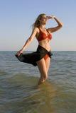 Młoda kobieta target479_0_ naprzód fotografia royalty free