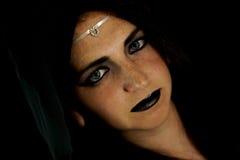 Młoda kobieta ubierająca jako elf zdjęcia royalty free