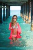 Młoda kobieta w morzu fotografia royalty free