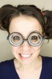 Młoda kobieta z śmiesznymi szkłami Zdjęcia Stock
