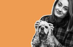 Młoda kobieta z psem zdjęcia royalty free