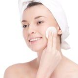Młoda kobieta z twarzą zdrowie skórą twarz Fotografia Stock