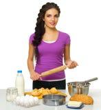 Młoda kulinarna kobieta odizolowywająca Fotografia Royalty Free