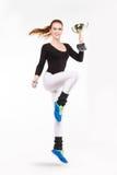 Młoda miedzianowłosa sportowa dziewczyna z mistrzostwa trofeum Obraz Royalty Free