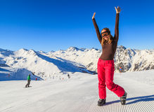Młoda narciarki kobieta Obraz Royalty Free