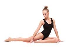 Młoda nikła gimnastyczna kobieta Zdjęcia Royalty Free