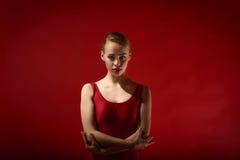Młoda Piękna kobieta Pozuje w studiu obraz royalty free
