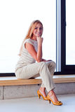 Młoda piękna kobieta w bydle Obraz Stock