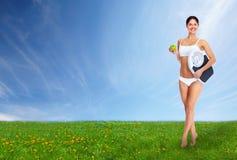 Młoda piękna sprawności fizycznej kobieta. Fotografia Stock