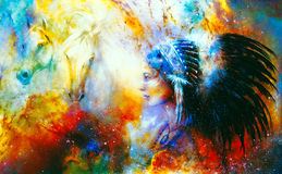 Młoda rodzima indyjska kobieta jest ubranym wspaniałego piórkowego pióropusz z dwa koniem i pozaziemski astronautyczny tło, Obraz Royalty Free