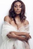 Młoda seksowna amerykanin afrykańskiego pochodzenia kobieta Zdjęcia Stock