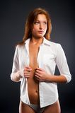 Młoda seksowna kobieta w białej koszula Obraz Stock