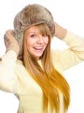 Młoda szczęśliwa kobieta jest ubranym zimy płótno fotografia royalty free