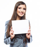 Młoda uśmiechnięta biznesowej kobiety chwyta deska, biały tło port Zdjęcie Royalty Free