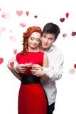 Młoda uśmiechnięta para na valentines dniu Fotografia Stock