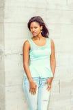Młodego amerykanina afrykańskiego pochodzenia Przypadkowa moda w Nowy Jork Fotografia Stock