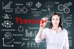 Młodego biznesowej kobiety writing planistyczny pojęcie Zdjęcie Royalty Free