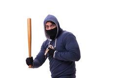 Młodego człowieka chuligan z kijem bejsbolowym odizolowywającym na bielu Obrazy Royalty Free