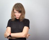Młodego pięknego kobieta modela twarzy wyrażeń pracowniany portret rozochocony Obrazy Stock