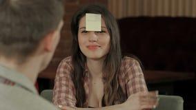 Młodej firmy sztuki śmieszna gra którym jestem zdjęcie wideo