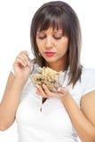 Młodej kobiety łasowania zboża śniadanie Obraz Royalty Free
