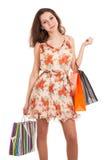 Młodej kobiety mienia torba na zakupy obraz royalty free