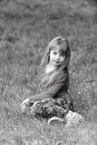 Młodość, świeżości dzieciństwo czarny white szczęśliwy mały dziewczyny obraz royalty free