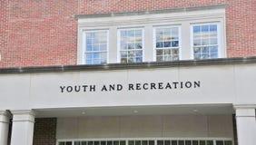Młodości i odtwarzania budynek Fotografia Stock