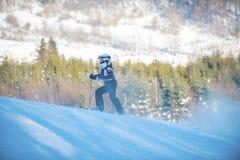Młodości narciarstwo w górach Carpathians, Ukraina, Grudzień Obraz Royalty Free