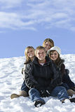 młody śnieżni dni przyjaciół Obraz Royalty Free